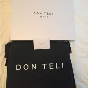 Other - Brand new Don Teli Briefcase never used